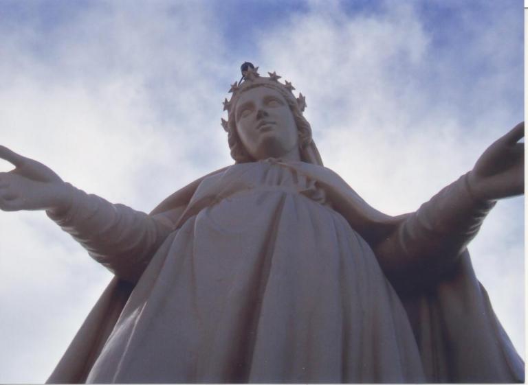 La Vierge rénovée